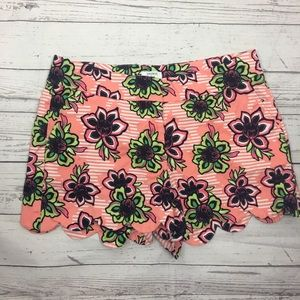 Crown and Ivy Scalloped Pink Floral Shorts 4